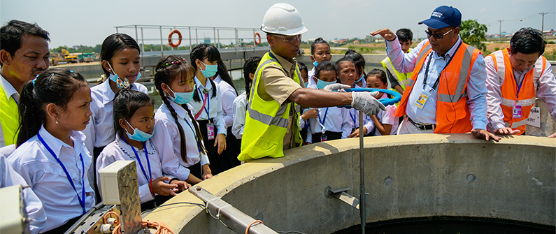 Several dozen students received hands-on demonstrations about what it means to go green during their tour of the airports