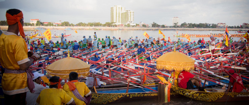 For years, Phnom Penh has held the annual Bon Om Touk boat races with teams competing from around the country.  © Photasia, Flickr